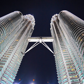 Petronas Towers at night by Vlad Popescu - Buildings & Architecture Other Exteriors ( klcc, lumpur, towers, pertonas, architecture detail, twin towers, malaysia, kuala,  )