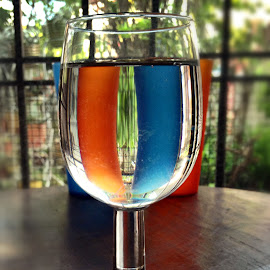 Special drink by Janette Ho - Artistic Objects Glass ( blue, orange. color )