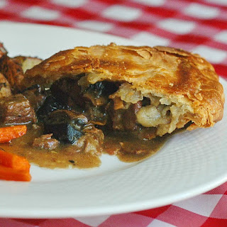 Steak, Bacon and Portobello Pie
