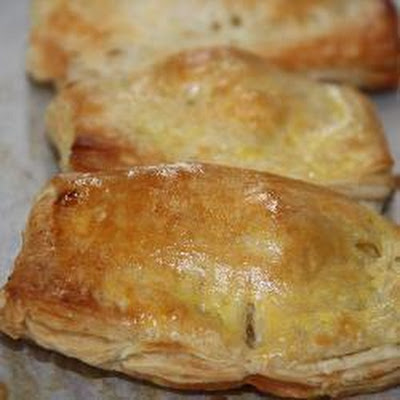 Chausson aux pommes (Apple turnovers)