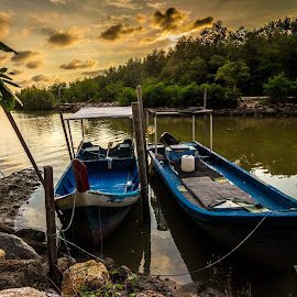 The sunset in the Sg Burung fishing village by Teoh Ying - Landscapes Sunsets & Sunrises ( sungai, village, burung, sunset, fishing, landscape, photography )
