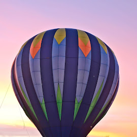 A Colorful Sunset by Brenda Hooper - News & Events Entertainment ( park, colorful, sunset, hot ait balloon )