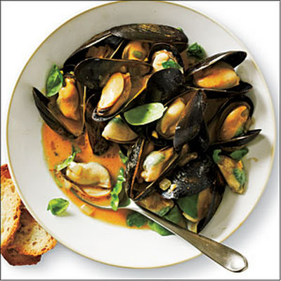 Curried Coconut Mussels