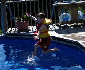 BigE Jumping in the pool
