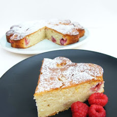 Mango and Raspberry Yoghurt Cake