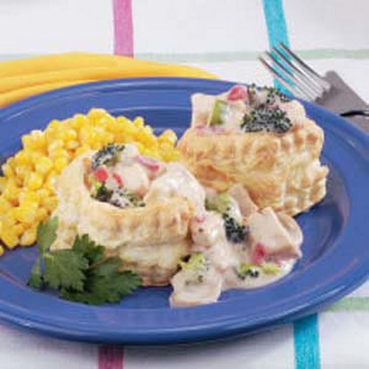 Creamed Chicken in Patty Shells