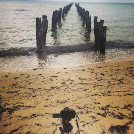 Taking photos at Clifton Springs, Victoria , Australiajettyit by Mic Larkins - Instagram & Mobile Instagram ( photos, photography, water, old, relaxing, loving )