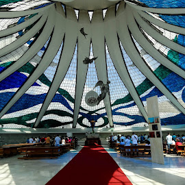 Heavenly cathedral by Tomek Karasek - Buildings & Architecture Places of Worship ( hyperboles, church, niemeyer, brasilia, cathedral, design )