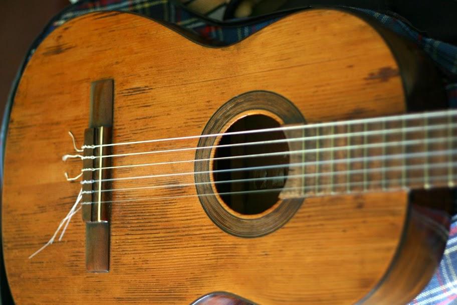 Fotos Gratis Música - Guitarra flamenca