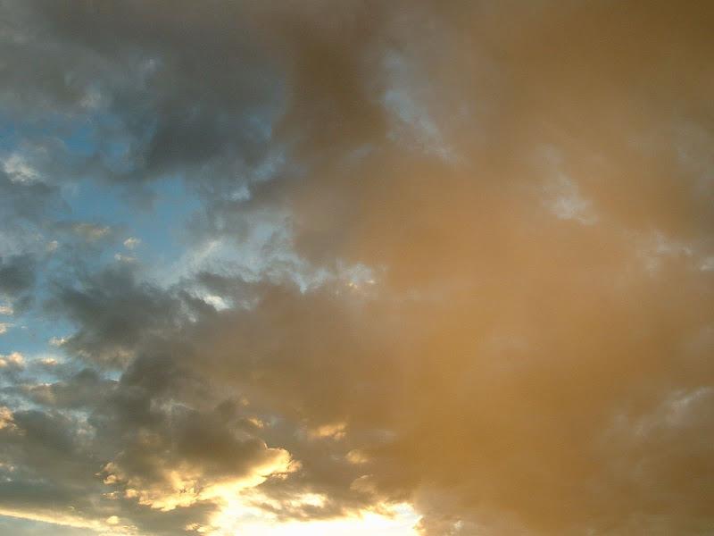 Fotos Gratis Cielos - Nubes gaseosas coloridas