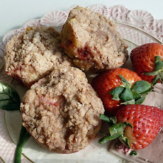 Strawberry Orange Muffins with Cinnamon Streusel