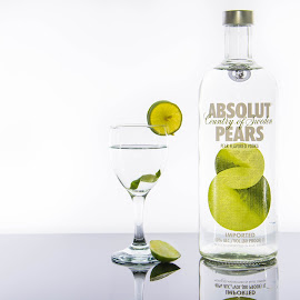 absolut pears by Littledog Photography - Food & Drink Alcohol & Drinks ( absolut pears, alcohol, pears, absolut, photography, selective color, pwc )