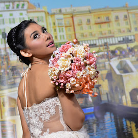 sripotret-MODEL OUTSIDER@Starlite booth Focus by Sri Potret - Wedding Other ( model, prewedding, wedding, bride, photo wedding )