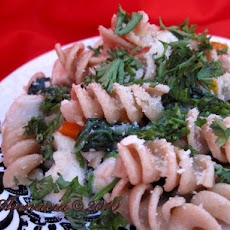 Bow-Tie Pasta With Chicken & Spinach