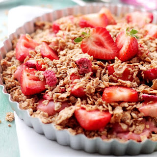 Strawberry Coconut Oatmeal Crunch Pie