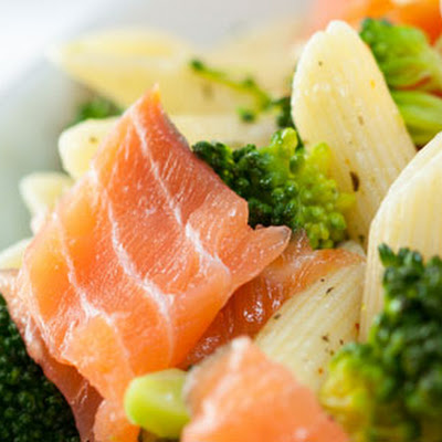 Penne With Smoked Salmon And Broccoli