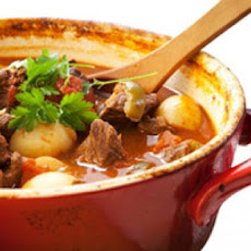Rachael Ray's Autumn Beef Stew With Apple, Onion and Roasted Garlic