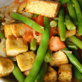 Stir-Fry with Tofu, Green Beans, and Tomatoes