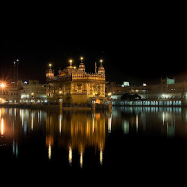 Golden Temple at night by Rakesh Syal - Buildings & Architecture Places of Worship