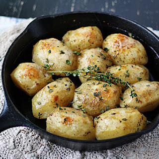 Roast Potatoes in a Cast Iron Skillet