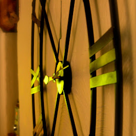 Large Clock by Wendy Richards - Artistic Objects Furniture ( numbers, clock, clockhands, shine, wallclock, light, wall )
