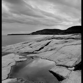 Tadoussac by Bruno Gallant - Landscapes Travel ( b&w, quebec, saguenay, tadoussac, rocks )