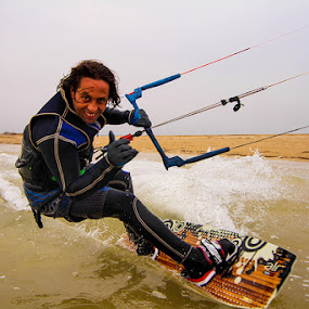 by Hisham Elhuni - Sports & Fitness Watersports