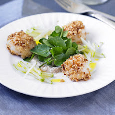 Scallop & Apple Salad With Hazelnut Dressing
