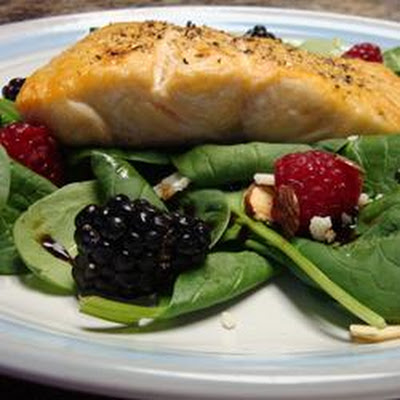 Simple Cranberry Spinach Salad