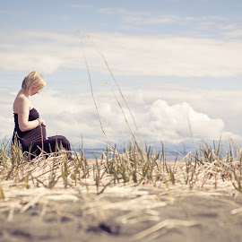 Island style by Josie White - People Maternity ( maternity, sky, grass, beach, bc, spring )