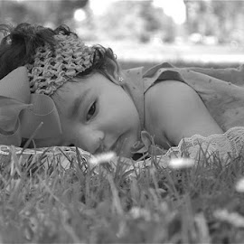 One of the photos I took of the sweet baby Dahlia! She was such a doll, and I had a wonderful time photographing her and her lovely parents. by Sydney Ouimet - Babies & Children Babies