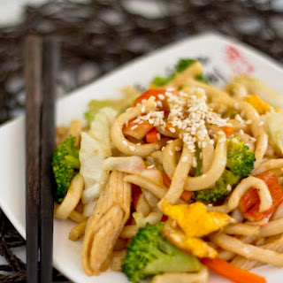 Stir-Fried Udon (炒烏冬)