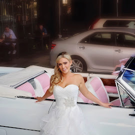 Cadillac by Alan Evans - Wedding Bride ( melbourne hyatt, wedding photography, melbourne wedding photographer, melbourne, cadillac, wedding, aj photography, getting ready, wedding dress, pink, bride, pink seats )