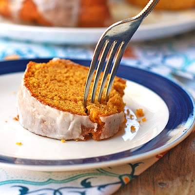 Pumpkin Bundt Cake with Cinnamon Glaze