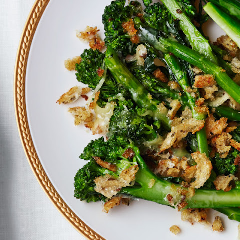 Broccolini-Cheddar Gratin with Rye Breadcrumbs