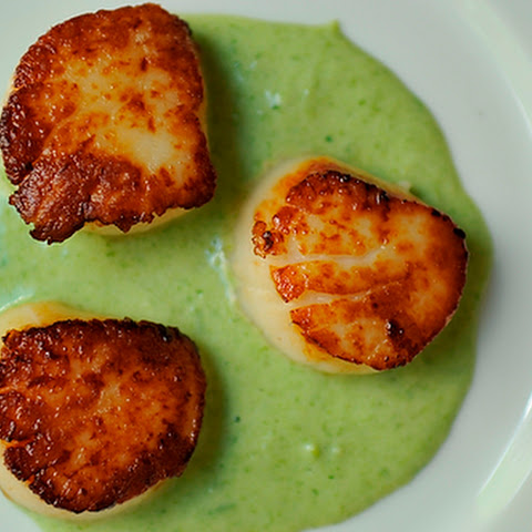 Seared Scallops With Lemon And Vodka Recipe — Dishmaps