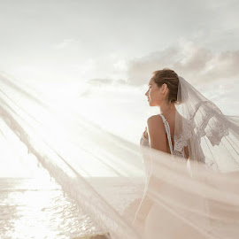 'Light of Me' by Amin Basyir Supatra - Wedding Bride ( love, prewedding, wedding, white, beauty, beach, bride )