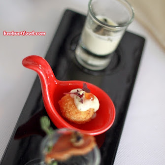 Fish ball restaurants in malaysia for Fish ball with roe