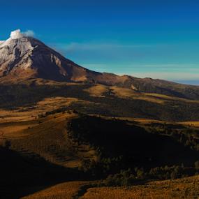 Popo, view from the top by Cristobal Garciaferro Rubio - Landscapes Mountains & Hills ( izta-popo park, popo, mexico, popocatepet )