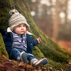 Charlie and the Tree by Dominic Lemoine Photography - Babies & Children Children Candids