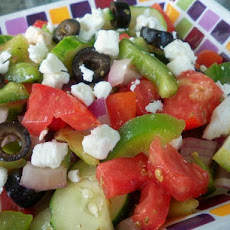 Horiatiki Salata: Greek Salad