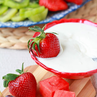 Light Vanilla Cream Cheese Fruit Dip