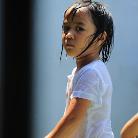 by Fredy Saputra - Babies & Children Children Candids ( play, children, candid )