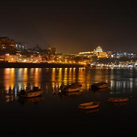 A river that separate us by José Pedro Whiteman - City,  Street & Park  Night ( lights, port wine, gaia, riverside, boats, night, douro, nightscape, river, porto )