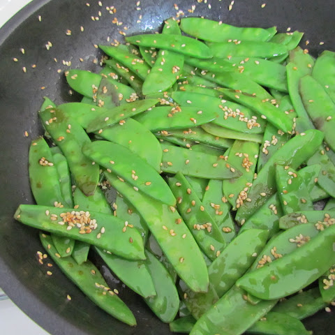 Sesame Stir-fried Snow Peas