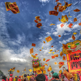 Bakar Tongkang ... by Adi Prakasa - News & Events World Events
