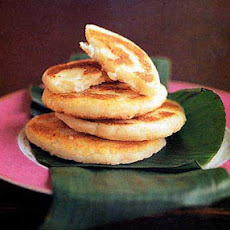 Fried Masa Cakes with Cheese (Arepas de Queso)