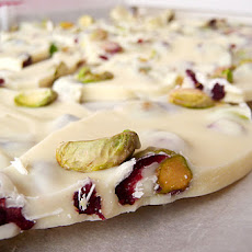 Pistachio & Cranberry White Chocolate Bark