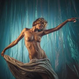 Chucha  by Dmitry Laudin - Nudes & Boudoir Artistic Nude ( studio, nude, girl )