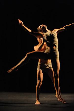 <p> Caroline Farquhar & Brian Solomon 2008Photo Chris Randle<br /> </p>